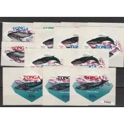 TONGA 1977  FAUNA BALENE 13 VAL MNH  MF54265