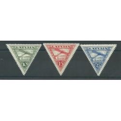 1931 / 32  LETTONIA LATVIJA AEREO IN VOLO SU RIGA FIL. CROCE UNCINATA 3 VAL MLH MF27670